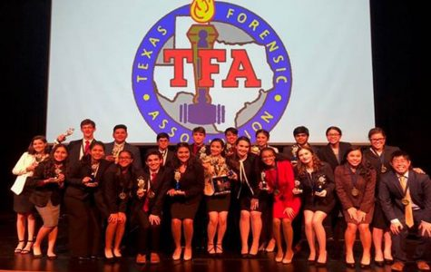 Speech and Debate Head to State