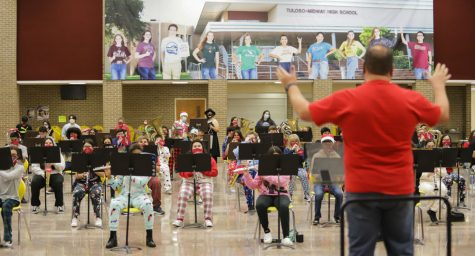 Warrior bands perform virtual Christmas concert